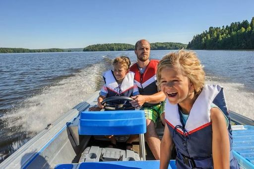 Boat show pic FAM.jpeg